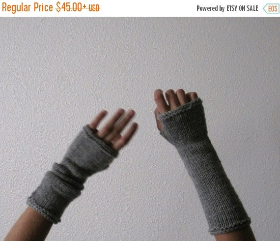 February Sale CLOUD GREY Woolen Armwarmers in Pure Wool - light grey fingerless gloves hand knit in natural fibers. Knit to Order in 4-6 Wee