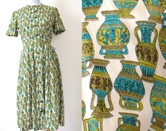 FLASH SALE / 20% off Vintage 50s 60s Ancient Urns Novelty Print Shirt Waist Dress (size xs, small)