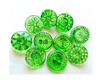 Vintage glass buttons, 10 buttons, hand painted in green, 10 designs 14mm, Czech