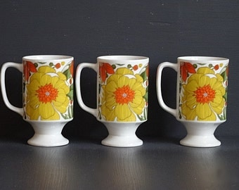 Set of 3 Porcelain Pedestal Cups Coffee Cups Orange and Yellow Goodwood Made in Japan