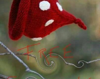 Newborn Infant Baby Red and White Polka Dot Stocking Cap Boutique Pixie Hat Photo Prop