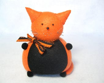 Orange and black cat, Cute pincushion, Felt cat, Stuffed cat, Sewing accessory, Cat lover gift, Cute felt animal, Stocking stuffer, MTO