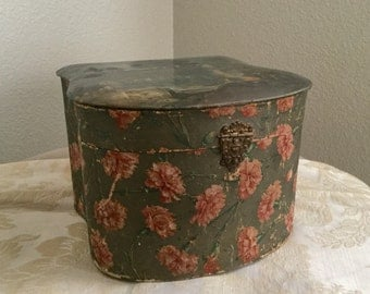 Antique Collar Box Gray with Roses