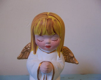 sweet praying little girl figurine