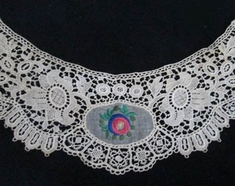 Vintage Victorian Edwardian Lace Embroidered  Collar - Ecru Lace Collar With Flower - Embroidered Collar