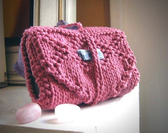 Pink tarot cozy / Knit tarot wrap / tarot accessories / portable / card keeper / pagan / pink tarot wrap / tarot travel / tarot case