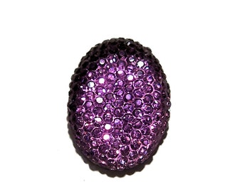 Oval cabochon 18x25mm in faceted Purple