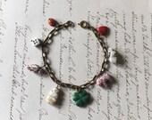 Vintage Charm Bracelet, Charm Bracelet, Novelty Charm Bracelet, Vintage Jewelry, Collectible Jewelry, Figural Charm Bracelet, 1940s Jewelry