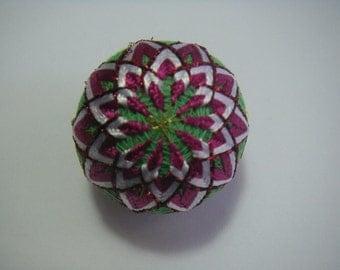 Mini hand made Temari(pink,green)