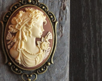 Brown cameo necklace, cameo jewelry, antique brass necklace, long necklace, holiday gift ideas, gift ideas for mom, unique Christmas gift