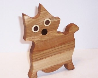 MINI KITTY Cutting Board Handcrafted from Mixed Hardwoods