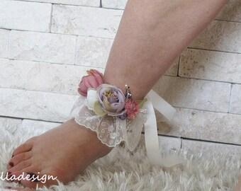 Wedding Beach anklet, Wedding Beach lace flower wrist corsage, ivory lace, Brautsandalen, Corsage au poignet, Bracelet de cheville, ußring