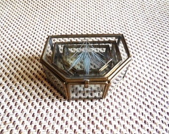 """Vintage Jewelry Boxes..Trinket Boxes..""""Nesting Jewelry Boxes""""..Collectible Vintage Boxes...Glass Crystal Etched Gift Boxes...Antique Trinket"""