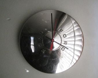 1949-50 Ford Hubcap Clock no.2478