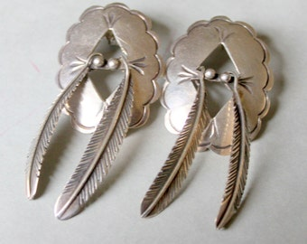 Navajo Sterling Silver Shield Feather Earrings Native American