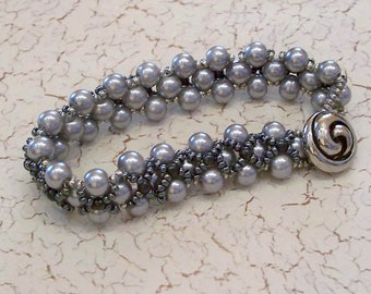 Silver Glass Pearl and Hematite Seed Bead Beadwoven Bracelet by Carol Wilson of Je t'adorn