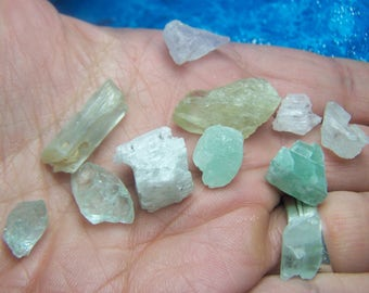 11 Kunzite Crystals - lot parcel  light blue green pink hiddenite raw natural -Spudomene - rough stones - wire wrap small pieces VK4F