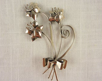 Large Vintage Sterling Silver Flowers Bouquet with Bow Brooch By Lang