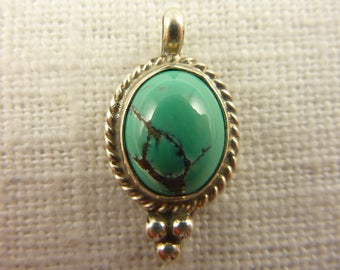 Vintage Sterling Turquoise Oval Pendant