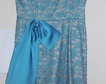 1950s Blue Lace Party Dress Bust 38