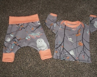 Baby Outfit// Harem Pants and Lap Tee Top in Grey and Peach Bird Song Design