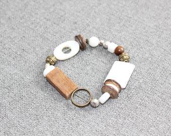 bijoux, bracelet blanc, bracelet élastique, bracelet bois, yoga, zen, bronze, fait au quebec, antique, hippie chic, idée cadeau femme