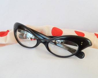 vintage cats eye glasses/French/genuine 1950s/eyewear/black/accessories/glasses/made in France