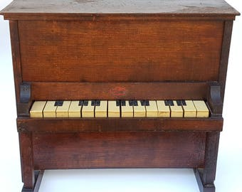 Antique Toy Piano / Salesman Sample / Toy Musical Instrument