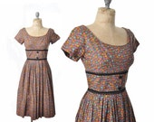 SALE vintage 50s dress / brown floral dress / 1950s dress .. xs