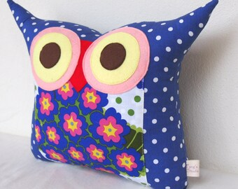 Use coupon codes/Navy blue owl pillow /Home decor / decoration pillow/ children/for her /Ready to ship