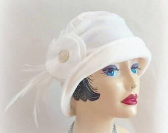 Womens Cloche Hat - Vintage Style Cloche -  Flapper Cloche - Cream Fleece Cloche - Clcohe with Feathers - Warm Winter Cloche - Cream  Cloche