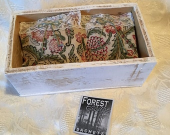 RUSTIC LACE Sachets in a Weathered Box, Set of 6 Drawer Sachets, Wonderful Invigorating Pine Cedar Fragrance