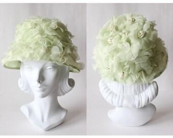 1960s Hat / Vintage Pistachio Green Floral Bucket Hat