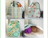 Crochet project bag, color choice, drawstring pouch with pockets, gift for knitter, drawstring bag, sock knitting bag, project tote