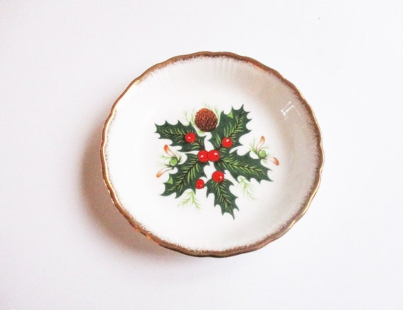 Christmas ring tray: Really cute, 1960s Queen's fine bone china porcelain ring tray or trinket tray hand-painted with Christmas holly leaves