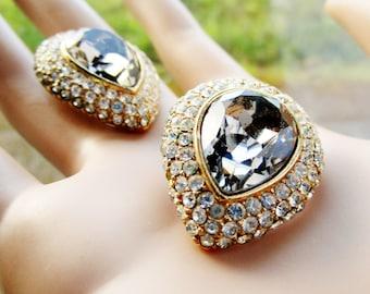 CINER Estate BIG Glamorous Vintage 1960s 70s Teardrop Crystals & Rhinestones Clip-On Earrings Taupe Gray Encircled Rhinestones Wedding