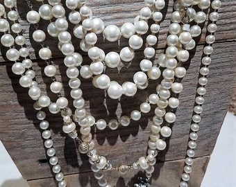 Vintage faux pearl necklace lot