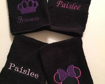 Baby Wash Mitts in Black - Set of 4