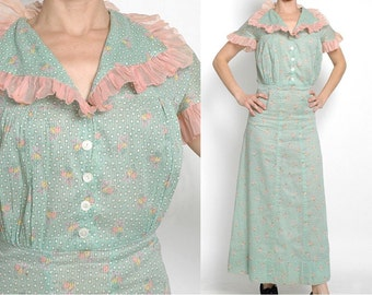 1930s vintage novelty print dress * ruffled pink organdy * green cotton bouquet + polka dot * 30s vintage dress 5S890