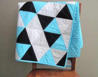 Blue Triangle Baby Quilt, Topaz Blue, Black, and White Baby Blanket, Baby Boy Quilt, Modern Blue Baby Triangle Quilt