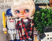 Blythe Check Patch Hooded-T Red