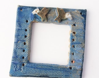 Hummingbird Pottery for Weaving Window rectangular loom style, Blue