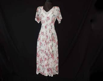 lace + roses tea dress 1990's romantic floral gatsby style lace grunge revival dress medium large