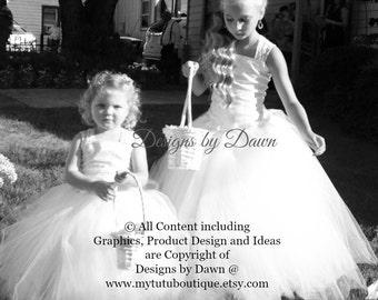 Flower Girl Dress. Mini Bride Dress. Ivory Dress with lace. Corset top, TUTU Skirt, Detachable Train & Hair Piece! Size 6m-10 Girls.