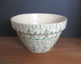 "Robinson-Ransbottom Spongeware Green 8"" Mixing Bowl"