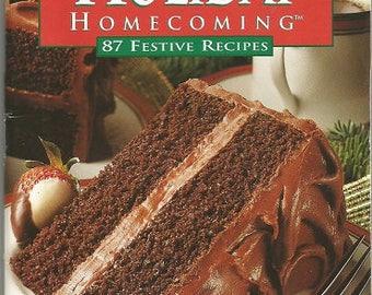 "Vintage Kraft ""Holiday Homecoming"" Cookbook"