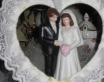 Vintage Wedding Cake Topper/Bride/Groom Cake Top/Table Decoration