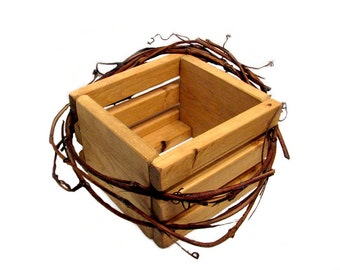 Pine Basket, Crate, Gift Basket, toiletries holder
