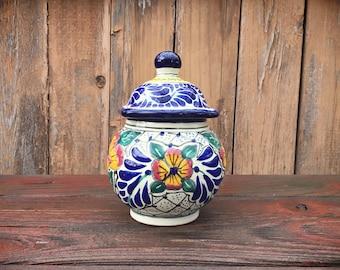 Small vintage Puebla lidded jar, Talavera pottery ginger jar tibor, blue golden mauve, Mexican pottery Talavera Poblana urn, Mexican decor