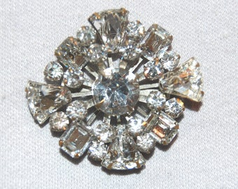 Antique C Clasp  Brooch / Clear / Sparkling  / Rhinestone / Silver Tone / old jewelry